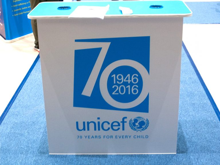 Unicef pop display packaging